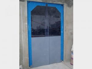 puertas batientes vaivén PVC