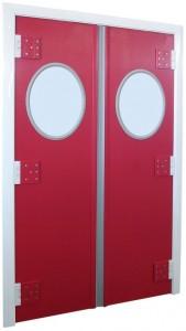 puerta batiente de vaivén con mirilla ovalada