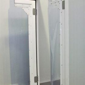 Puerta batiente PVC
