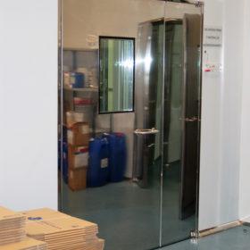 Puerta inox sala blanca