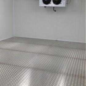 Refuerzo de suelo con aluminio damero