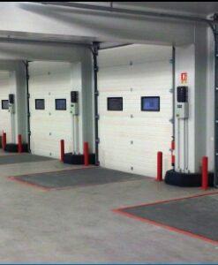 Puertas seccionales para muelles de carga